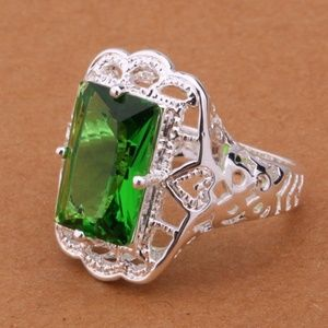New! Silver Plated Green Emerald Cut, Size 8